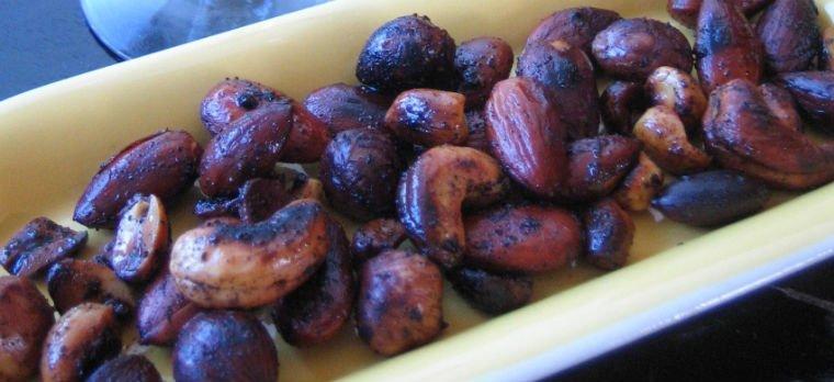 Ristede og krydrede nødder 2