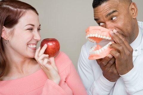 Lad tandproteser gøre dit liv sundere